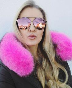 Pink Vibes  Dior Reflected Pixel da @4_lou  Modelo já virou o queridinho de blogueiras e fashionistas do mundo todo #envyotica #dior #diorreflected #diorpixel #sunnies #oculos #sunglasses
