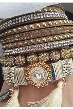 Armbånd fra Collection Norge.Manstad Kafé. Bangles, Bracelets, Collection, Jewelry, Fashion, Moda, Jewlery, Jewerly, Fashion Styles