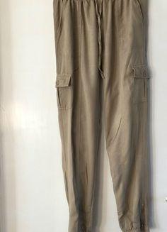 Koop mijn artikel op #vinted http://www.vinted.nl/dameskleding/wijde-pijpen-broek/222102-dunne-lange-wijde-beige-broek-maat-s