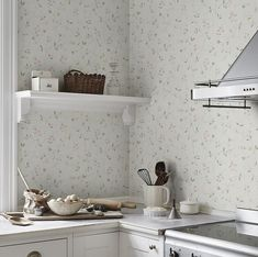 The wallpaper Sanna Light Pink - from Sandberg is a wallpaper with the dimensions x m. The wallpaper Sanna Light Pink - belongs to the p Scandinavian Design, Decor, Scandinavian Kitchen, Kitchen Inspirations, Inspirational Wallpapers, Interior, Home Decor, Perfect Wallpaper, Scandinavian Wallpaper