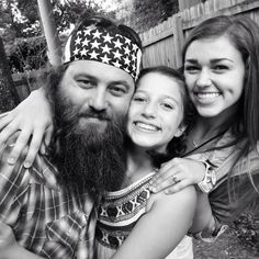 Willie, Bella and Sadie Robertson