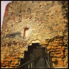 Penetració a la muralla #castell #Gelida #Penedes #Catalunya #monument #patrimoni