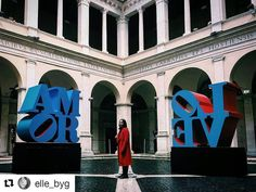 """#Repost @elle_byg with #chiostrolove  L O V E  . Torno a Roma per poco ma non potevo perdere la mostra """"Love"""" al @chiostrodelbramante_roma ! @coffeeaddicted é una modella perfetta non trovate? Ci siamo divertite un mondo! Date un'occhiata alle stories  . . #romeandyou #igersroma  Made with #iPhone6sPlus  #igersnapoli #hoboh #TheEasyWayToTravel #igerslazio ____________________________________________________  #italy  #streetphotographer #vscostreet #instastreet #everybodystreet #capturestreet…"""