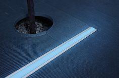 Lumenpulse - linear ground-recessed lighting