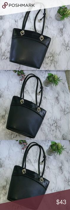 Lovely Black Leather Brighton Handbag This is a lovely black leather Brighton handbag. It is black pebbled leather braided leather and montcroft leather. It is in great condition. It measures about 11 inches by 11 inches and the shoulder drop is about 11 inches. Brighton Bags