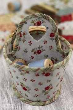 Вечерние посиделки: Корзинка для рукоделия / Needlework basket
