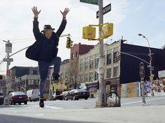 Jonas Mekas: The life of a happy man - Art - Domus Artist Film, Comic Book Artists, Film Stills, The Life, Art World, Filmmaking, Digital Prints, Street View, New York