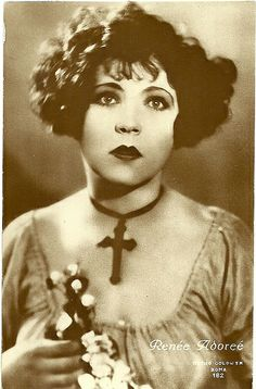 30 September 1898 – 5 October was a French actress who appeared in Hollywood silent movies during the She is most famous for her role as Melisande in the melodramatic romance and war epic The Big Parade. Old Hollywood Glamour, Vintage Hollywood, Hollywood Stars, Classic Hollywood, Silent Screen Stars, Silent Film Stars, Movie Stars, Vintage Photos Women, Antique Photos