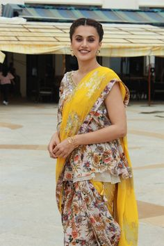 Indian Actress Taapsee Pannu at Mission Mangal Movie Promotions - Beautiful Indian Actress  IMAGES, GIF, ANIMATED GIF, WALLPAPER, STICKER FOR WHATSAPP & FACEBOOK