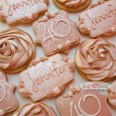 40th Birthday Decorations, 40th Birthday Cakes, Gold Birthday Party, 30th Birthday Parties, Sweet 16 Birthday, Birthday Cookies, Rose Gold Party Decorations, Birthday Ideas, Gold Dessert