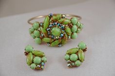Vtg Juliana Peridot Glass & Gold Tiger Stipe AB Rhinestone Bracelet & Earrings! #Juliana #Clamper