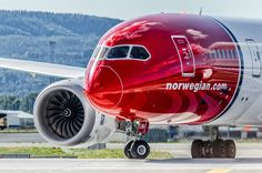 "Norwegian Air Shuttle Boeing Dreamliner LN-LNH ""H. Andersen"" turning onto the threshold in preparation for departure from Oslo-Gardermoen, August (Photo: Erik Moen) A380 Aircraft, Passenger Aircraft, Airbus A380, Boeing 787 Dreamliner, Boeing 787 8, Norwegian Airlines, International Civil Aviation Organization, Photo Avion, Airplane Photography"