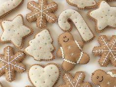 Christmas Ornaments Felt snowman and Snowflake -Christmas Decoration -Tree Ornaments - Felt Christmas Cookies Gingerbread Ornaments, Gingerbread Decorations, Snowman Christmas Ornaments, Christmas Cookies, Snowflake Ornaments, Diy Ornaments, Beaded Ornaments, Glass Ornaments, Ornaments Image