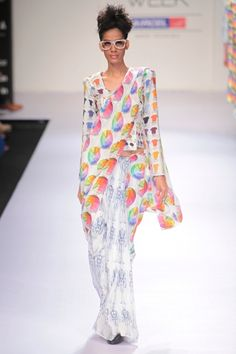 Quirky saris| Masaba Gupta, Satya Paul