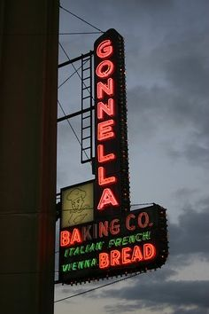 Gonnella Bakery from THE CHICAGO HISTORY JOURNAL: February 2011  We used to go there on Saturday mornings to get fresh bread, the aroma was all over the neighborhood.