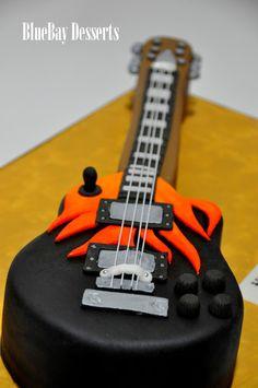 Gibson Guitar Cake SOO CRUZ!