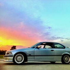 BMW e36 328is  Silver coupe