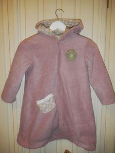 Hjertetunet Hoodies, Sweaters, Fashion, Moda, Sweatshirts, Fashion Styles, Parka, Sweater, Fashion Illustrations