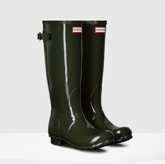 Hunter Back Adjustable Gloss Boot Dark Olive Hunter Wellies, Hunter Boots, Woman Back, Rubber Rain Boots, Dark, My Style, Shoes, Fashion, Moda