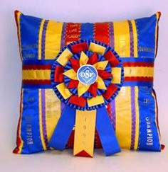 Distinctive Designs by Diana  horse show ribbon quilts, pillows, etc.