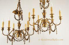 pair-vintage-italian-gilt-leaf-chandeliers-ca-1930s-14.jpg 800×531 pixels