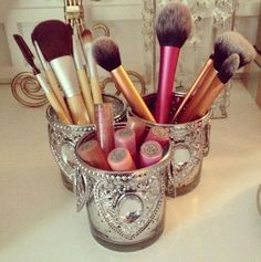 Prettiest brush holders everrrrr