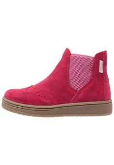 Esprit FREEMONT Korte laarzen cherry red, 64.95, http://kledingwinkel.nl/shop/kinderen/esprit-freemont-korte-laarzen-cherry-red/ Meer info via http://kledingwinkel.nl/shop/kinderen/esprit-freemont-korte-laarzen-cherry-red/