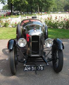 1927 Amilcar ✏✏✏✏✏✏✏✏✏✏✏✏✏✏✏✏ IDEE CADEAU / CUTE GIFT IDEA ☞ http://gabyfeeriefr.tumblr.com/archive ✏✏✏✏✏✏✏✏✏✏✏✏✏✏✏✏