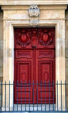 Paris, France #red #doors #myobsessionwithreddoors