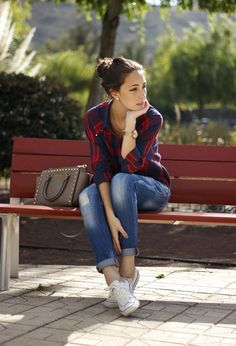 Ideas for how to wear converse outfits casual jeans Look Fashion, Autumn Fashion, Fashion Outfits, Womens Fashion, Fashion 2015, Street Fashion, Spring Fashion, Trendy Fashion, Fashion Brands