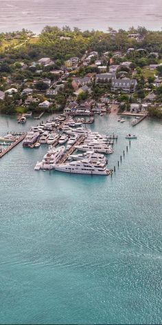 From marina yachts to the pink sand beach, this narrow strip of Harbour Island is home to Valentine's Residences Resort and Marina.  Come find your point of relaxation and fun!