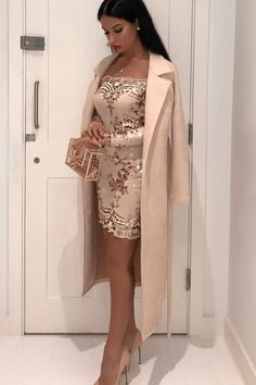An elegant off the shoulder dress always looks great at any event. Seven Styles of Sexy Dresses to Get Lucky This NYE Sexy Dresses, Beautiful Dresses, Evening Dresses, Short Dresses, Fashion Dresses, Prom Dresses, Formal Dresses, Tight Dresses, Mini Dresses