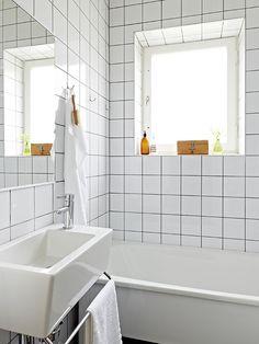Bathroom from http://www.stadshem.se/