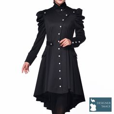 Striking plus size Victorian trench coat from Chic Star with a definite Gothic edge. This beautiful, fully lined, coat has a lots of lovely features culminating in a unique, Chic Star, look. Plus Size Steampunk, Viktorianischer Steampunk, Steampunk Fashion, Gothic Fashion, Vintage Fashion, Alternative Mode, Alternative Fashion, Steam Punk, Outfits
