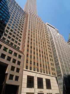 #VirtualOfficeNewYork, located right next to the stock exchange. #ExecutiveOfficeSuites and #VirtualOffice Services, as well as #TelephoneAnsweringServices, #SharedReceptionist and #VirtualAssistant Services. Have your company get started at this location in less than 24h.