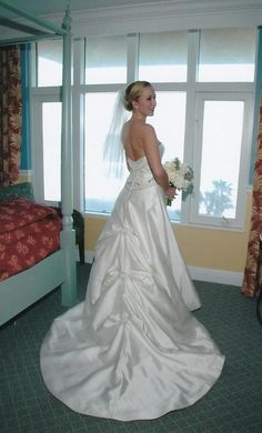 Rivini Moulin: buy this dress for a fraction of the salon price on PreOwnedWeddingDresses.com