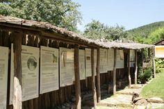 Die beliebtesten Ausflugsziele in der Region Pergola, Outdoor Structures, Road Trip Destinations, Vacations, Nature, Traveling, Garden, Arbors, Pergolas