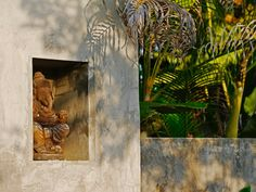 Bali. Beaty in small details.  #bali #ilovebali #baliadvisor #balinesia #balilove #indonesia #travel #travelgram #instatravel #baligasm #balilocal #balilife #architecture #inspiration #nature #world #instafoto #instalife #statue #texture #sculpture #gardendecor #streetphotography #streetart