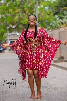 Beautiful Latest Ankara Styles: check out 25 Beautiful and Trending Ankara styles for Slay Queen Latest African Fashion Dresses, African Dresses For Women, African Print Dresses, African Print Fashion, African Attire, African Wear, African Blouses, Latest Ankara Styles, African Traditional Dresses