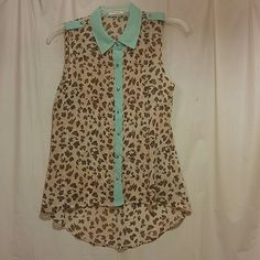 Sleeveless sheer shirt Cheetah print with lime green trim comma size small Blu Pepper Tops Blouses