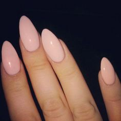 Almond Nails are goals baby! Almost all almond nails are acrylic nails or fake nails but every once and a while a girl is wild enough to shape her natural nails as almond nails. We searched for some of the best almond nails we could find. We based it on color, designs, uniqueness and just overall beauty. You will see some of the most creative almond nail designs from across the web. We hope you enjoy almond nails as much as we do! Without further ado, check out the Best Almond Nails! Almond…
