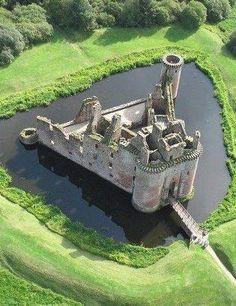 Caerlaverock Castle, Scotland:
