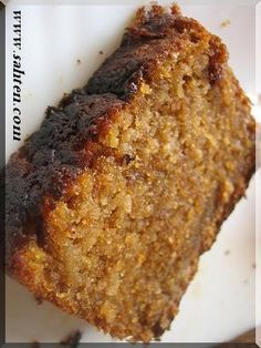 Cake aux pommes et à la cannelle - Cuisine libanaise подсказка: 1 sachet de levure gramme Delicious Desserts, Dessert Recipes, Yummy Food, Patisserie Cake, Desserts With Biscuits, Cinnamon Cake, Middle East Food, Sweet Cakes, Salmon Recipes