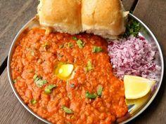 pav bhaji recipe Paneer Recipes, Gujarati Recipes, Indian Food Recipes, Ethnic Recipes, Gujarati Food, Recipe Of Pav Bhaji, Pav Recipe, Veggie Recipes, Lunch Recipes