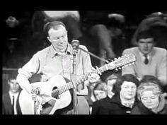 Pete Seeger - The Bells Of Rhymney - Live in Australia 1964