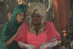 "Gillian Jacobs and Yvette Nicole Brown on Community from the episode ""Epidemiolo..."