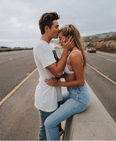 4.5m Followers, 9 Following, 2,862 Posts - See Instagram photos and videos from Relationship Goals (@couplegoals)