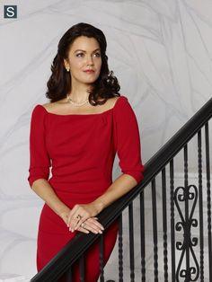 Scandal - Season 4 - Cast Promotional Photo - Bellamy Young