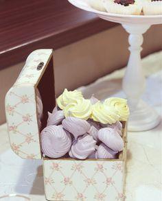 Candy bar in nuante pastelate de mov si roz La PrajiturEla