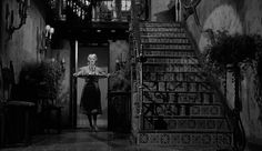 """Képtalálat a következőre: """"what ever happened to baby jane staircase"""""""